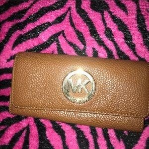 Michael Kors Futon Wallet